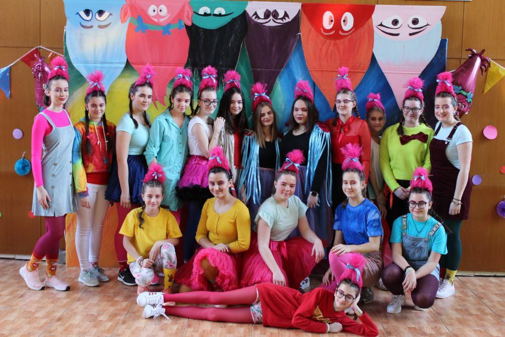 Trollský karneval